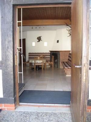 foyer1.jpg